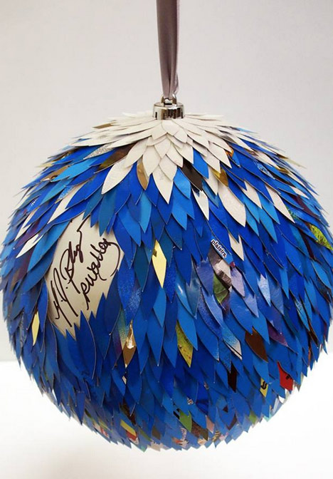 Mary J Blige Christmas bauble