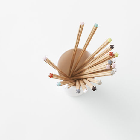 Nendo chopsticks for Hashikura Matsukan _dezeen_3