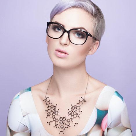 Overdose necklace_Designer Drugs By Aroha Silhouettes_dezeen_Designer Drugs By Aroha Silhouettes_dezeen_13