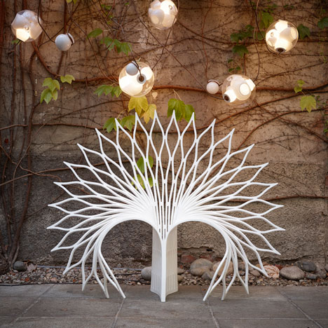 Chair shaped like the tail of a peacock by UUfie