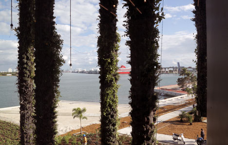 Perez Art Museum, Miami, by Herzog and de Meuron