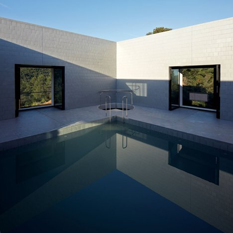 Pezo von Ellrichshausen's Casa Pezo is first of 12 architect-designed dream houses