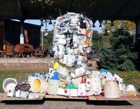 Waste plastic bust by Piet Hein Eek