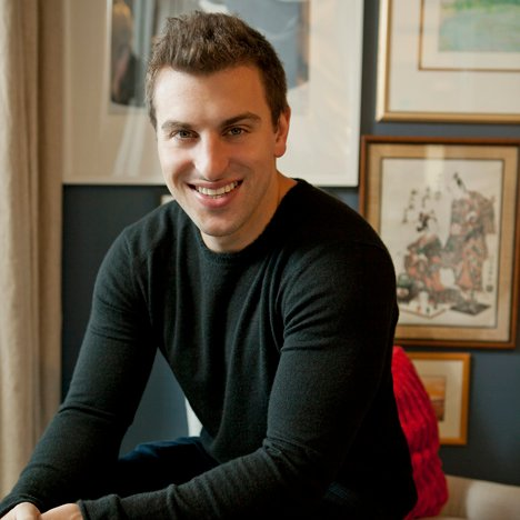 "Silicon Valley ""didn't think a designer could build a company"" says Airbnb co-founder Brian Chesky"