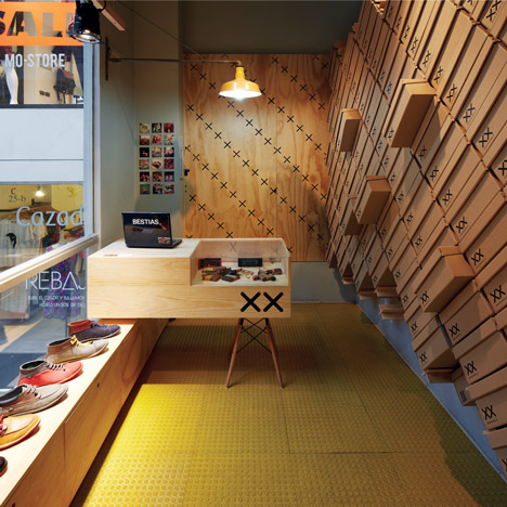 Bestias XX shop interior by Move Architects