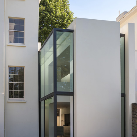 Blomfield Road house extension Guard Tillman Pollock Architects_dezeen_1sqa