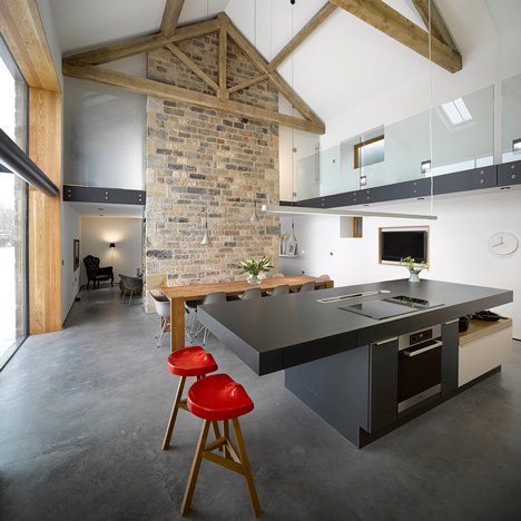 Cat Hill Barn by Snook Architects