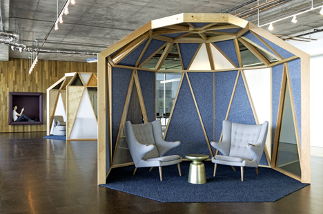 Cisco offices by Studio O+A features wooden meeting pavilions