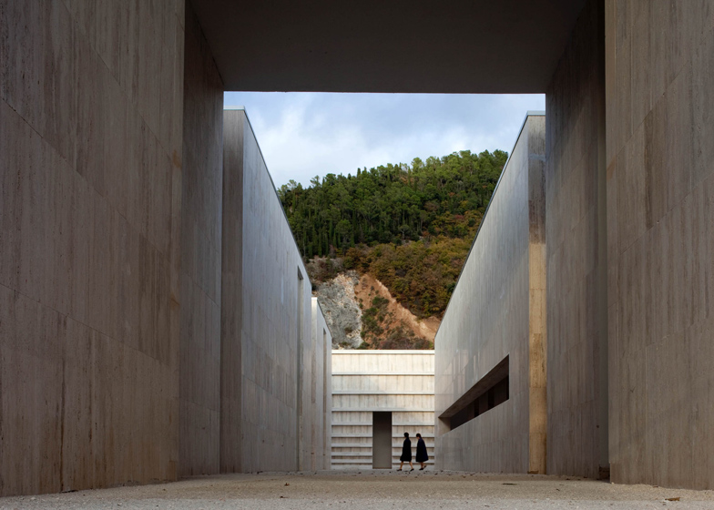 Cemetery complex by Andrea Dragoni contains public plazas and site-specific artworks