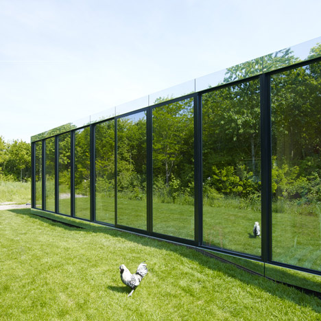 Mirror House by Johan Selbing and Anouk Vogel camouflages with its surroundings