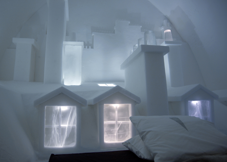 Parisian city skyline carved into an Icehotel room by Les ateliers de Germaine