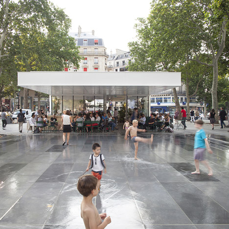 Place de la République and Monde & Médias Pavilion by TVK