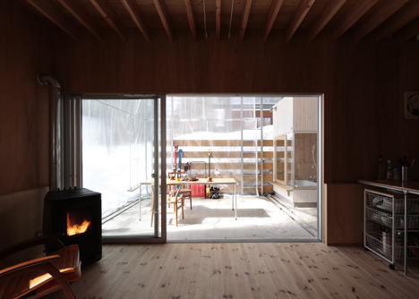 Villa in Hakuba by Naka Studio