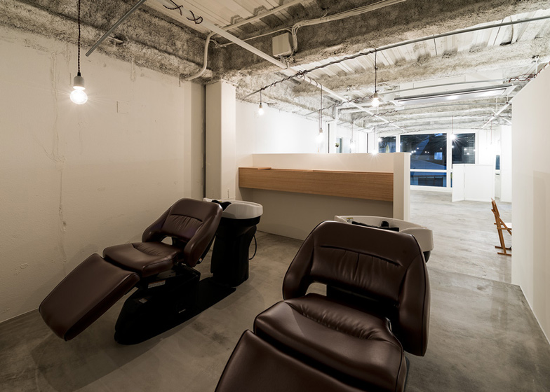 Vine Hair Salon by Sohei Arao of Sides Core