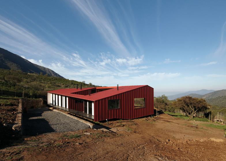wa house in santiago de chile. Black Bedroom Furniture Sets. Home Design Ideas