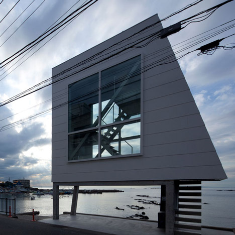 Window House by Yasutaka Yoshimura Architects_dezeen_1sq