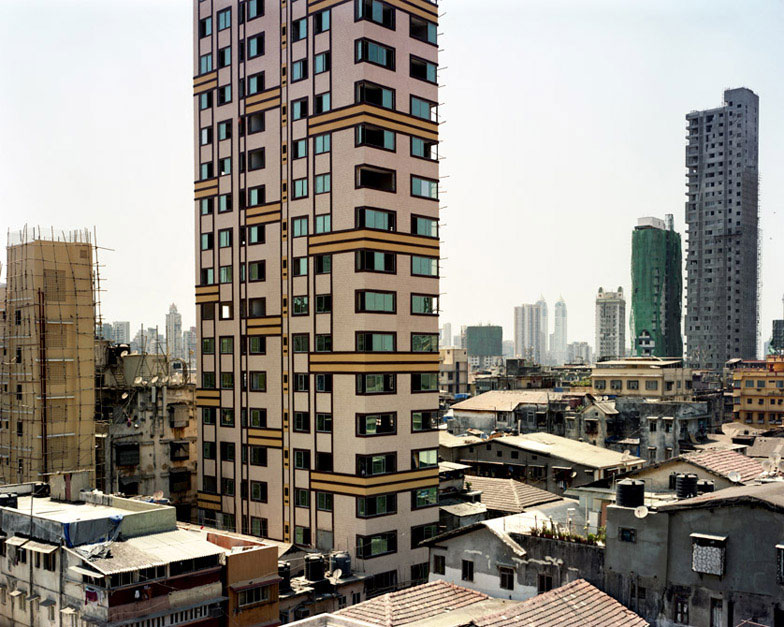 life on a new high mumbai skyscrapers photographed by alicja dobrucka