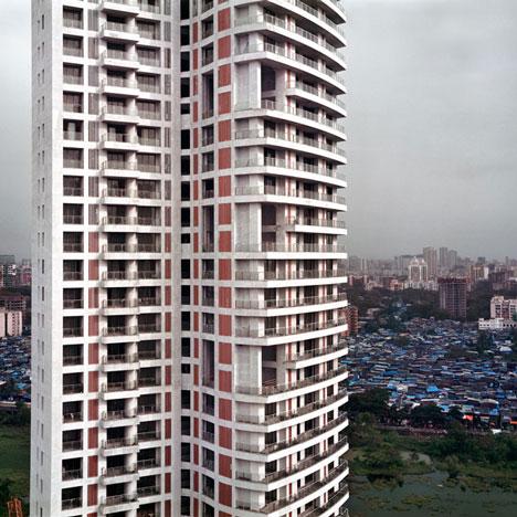 mumbai_skyscraper_by_alicja_dobrucka_dezeen_sq
