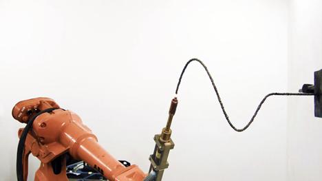 3D-printing robot by Joris Laarman draws freeform metal lines