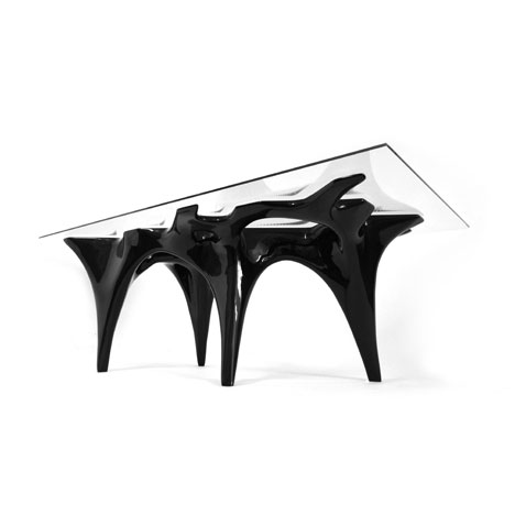 Flux table by Studio Integrate