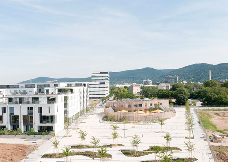 Behnisch Architektens kindergarten nestles in new Heidelberg plaza