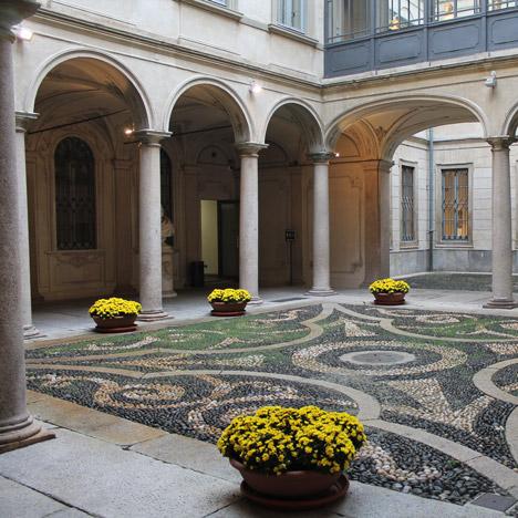 Courtyard at Palazzo Morando
