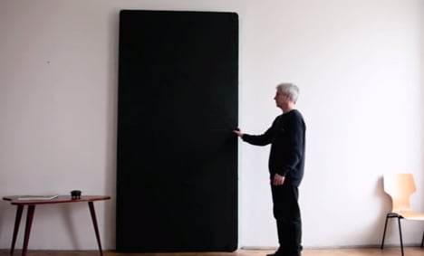 Evolution Door reinvented with folding mechanism by Klemens Torggler