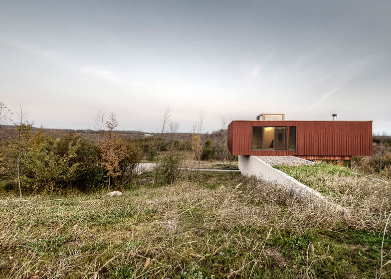 Frogs Hollow by Williamson Chong Architects