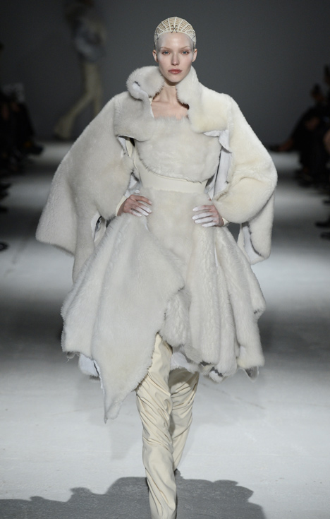 Gareth Pugh dresses models like abominable snowmen and wind-up toys