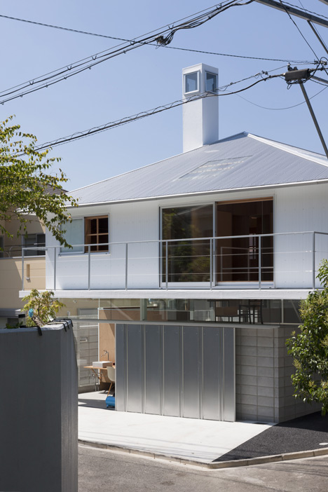 "House in Kawanishi by Tato Architects based on Australia's ""Queenslander"" dwellings"