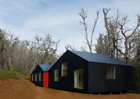 MAPA architects create sheds within sheds for Chilean mountain hideaway