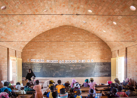 Primary school Tanouan Ibin in Mali by Levs Architecten