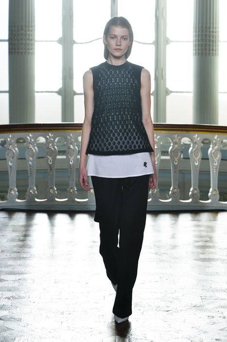 3D-printed fabrics by Richard Beckett woven into Pringle of Scotland's ready to wear garments