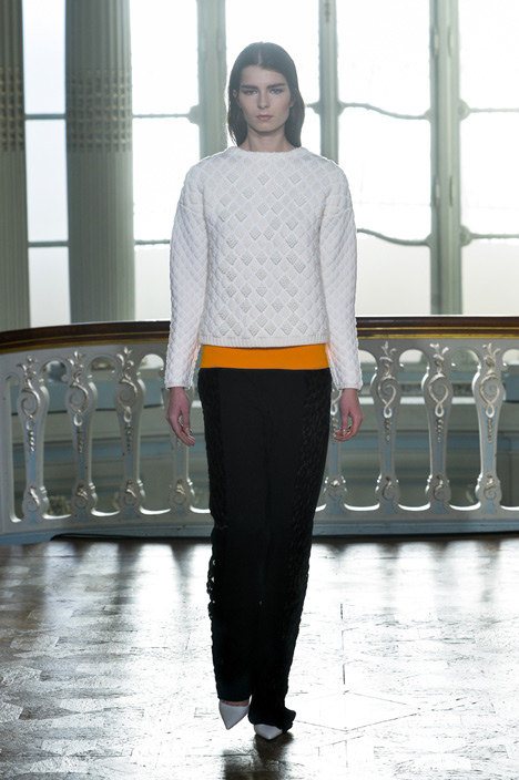 3D-printed fabrics by Richard Beckett woven into Pringle of Scotland's ready to wear garments