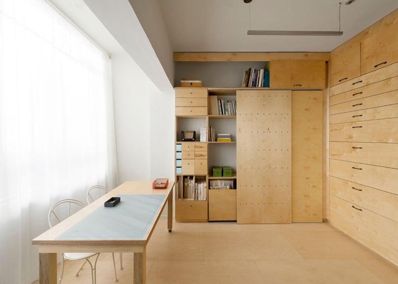 Space saving modular studio for an artist by raanan stern dezeen ss 4