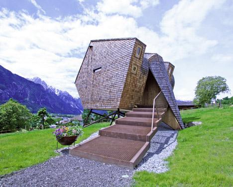 Ufogel Holiday House