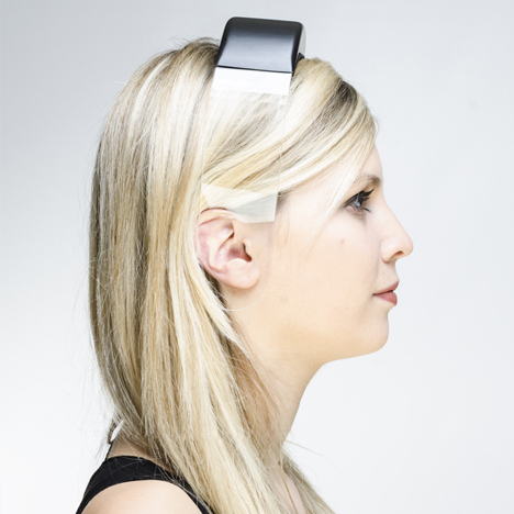 Headphones by Renaud Defrancesco transmit music across acrylic glass band
