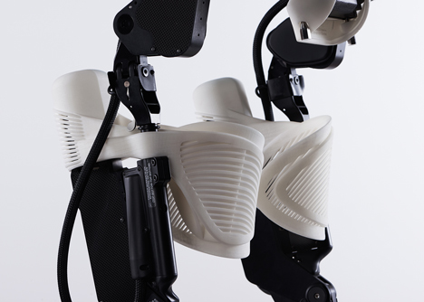 3D-printed exoskeleton by 3D Systems helps handicapped users walk again
