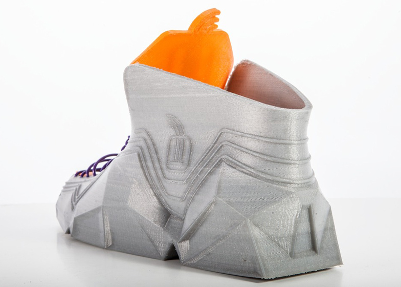 3D-printed shoes by Recreus scrunch up to fit into pockets
