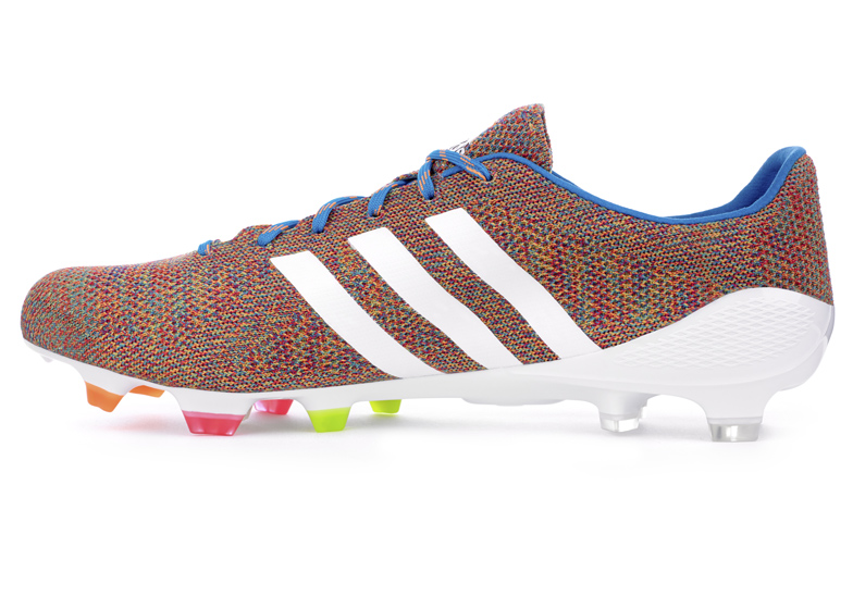 first knitted football boot announced