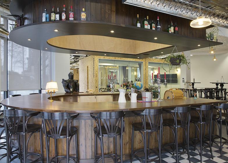 Airbnb office in Dublin resembles an Irish pub