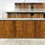 Bamboo cladding surrounds house in the Philippines by Atelier Sacha Cotture