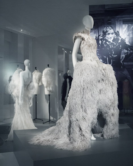 Feathers and plumage in fashion celebrated at Antwerp exhibition