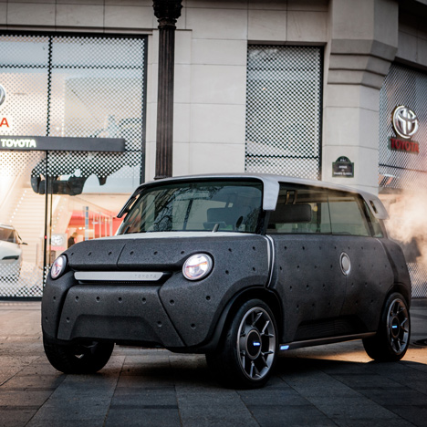 ME.WE: Forward-Thinking Car designed by Massaud & Toyota ED2 Photograph Small Dots