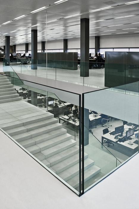 G-Star RAW Amsterdam Headquarters by OMA