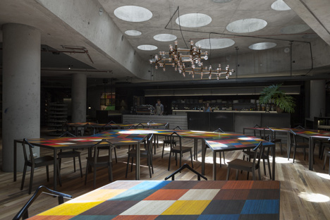 Hotel-Hotel-Canberra-by-Fendler-Katsalidis-Architects-and-Suppose-Design-Office