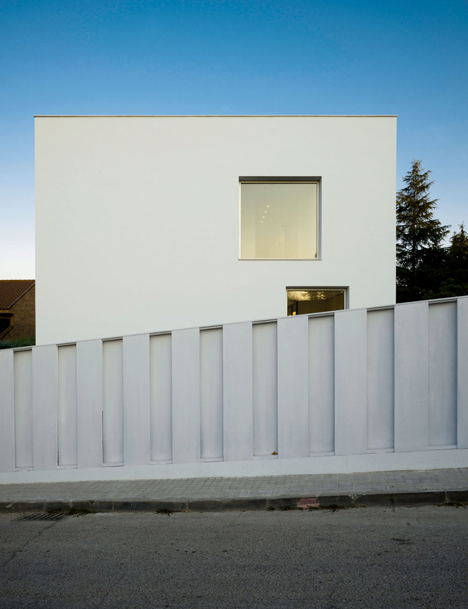 House-H-by-Bojaus-Arquitectura-features-