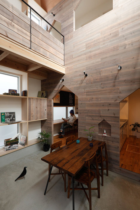 House-shaped doorways puncture Hazukashi House by Alts Design Office