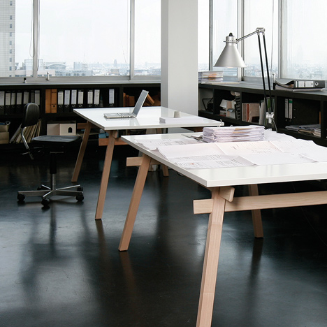 Jakob Timpe's Stand table slots together without glue or fixings