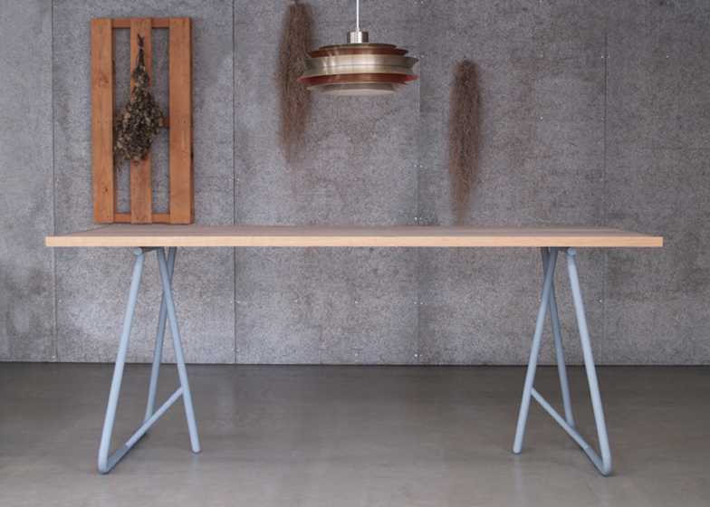 Uma by Kazunaga Sakashita updates archetypal trestle table